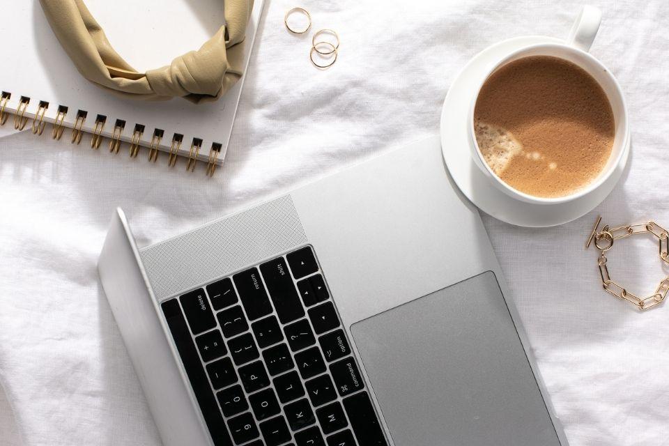 Stratégies pour accomplir vos objectifs professionnels - aureliefoucart.com
